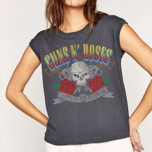 DAYDREAMER Guns and Roses Cropped Tee Size Medium